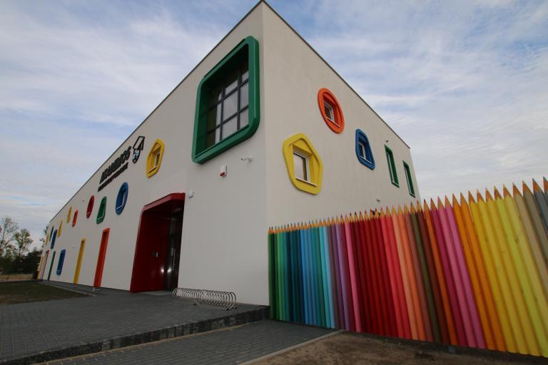 kabiny wc i szafki dla przedszkoli oraz szkół